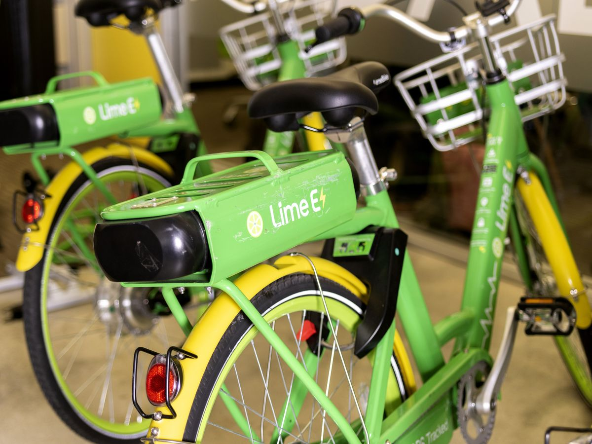 Uber-Backed Lime Crashes in Court Bid to Disrupt Scooter Scene
