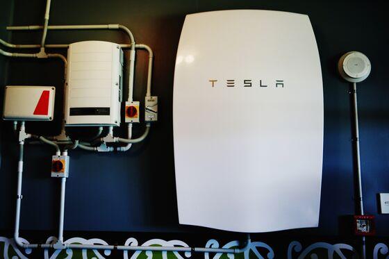 Tesla Batteries FuelVirtual Power Plant in Australia