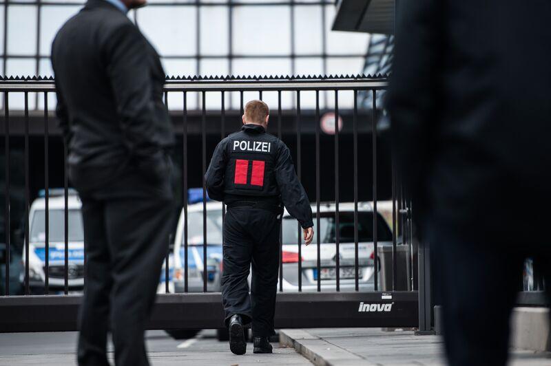 H Deutsche Bank χάνει τον έλεγχο