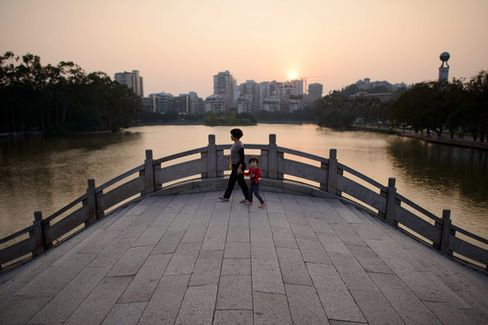 China???s Plenum Outlines Ambitious Reforms to Its One-Child Policy, Banking, and Legal System