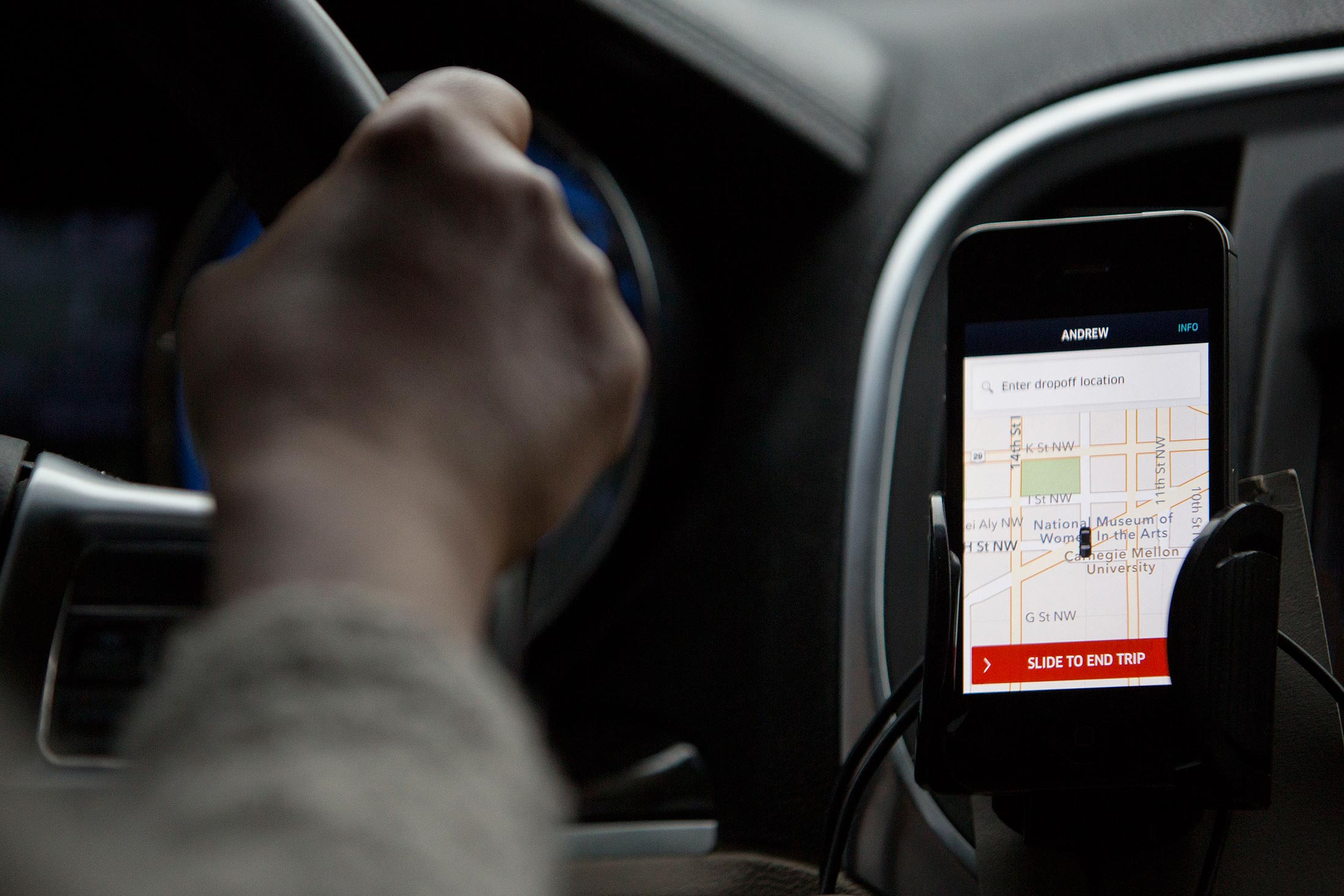 Inside Uber's Auto-Lease Machine, Where Almost Anyone Can