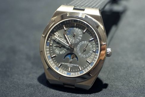 Thin, beautiful, and extremely versatile. Vacheron Constantin created a real winner.