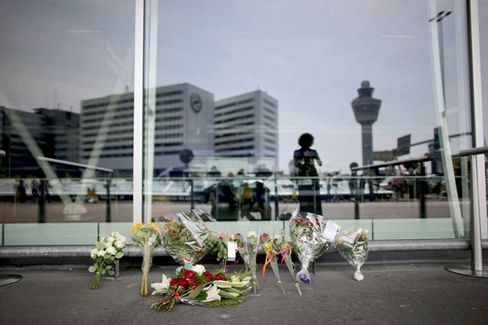 Malaysia Airlines Massacre Likely to Prompt Risk Reviews at Other Carriers
