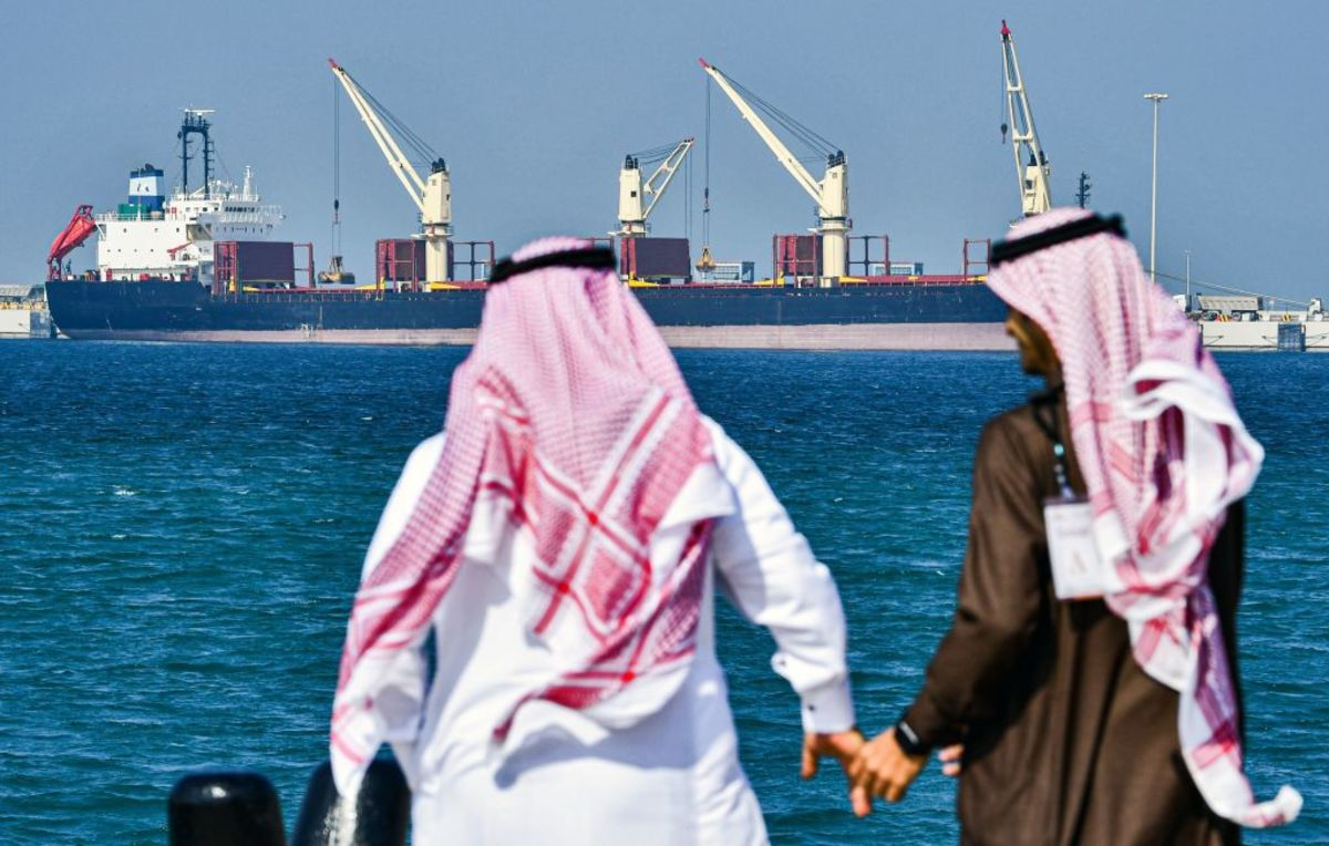 For Saudi Arabia and Oil, April May Be the Cruelest Month