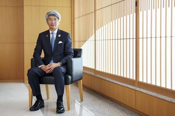 Mizuho to Become First Japanese Bank to Sell Consumer Data