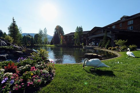Where Vacationing Media Moguls Enjoy More Than Scenery