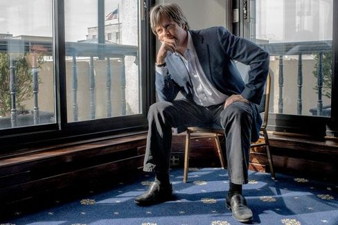 'I Always Felt Business Was for the Noogie-Givers': Dave Barry on the Value of an MBA