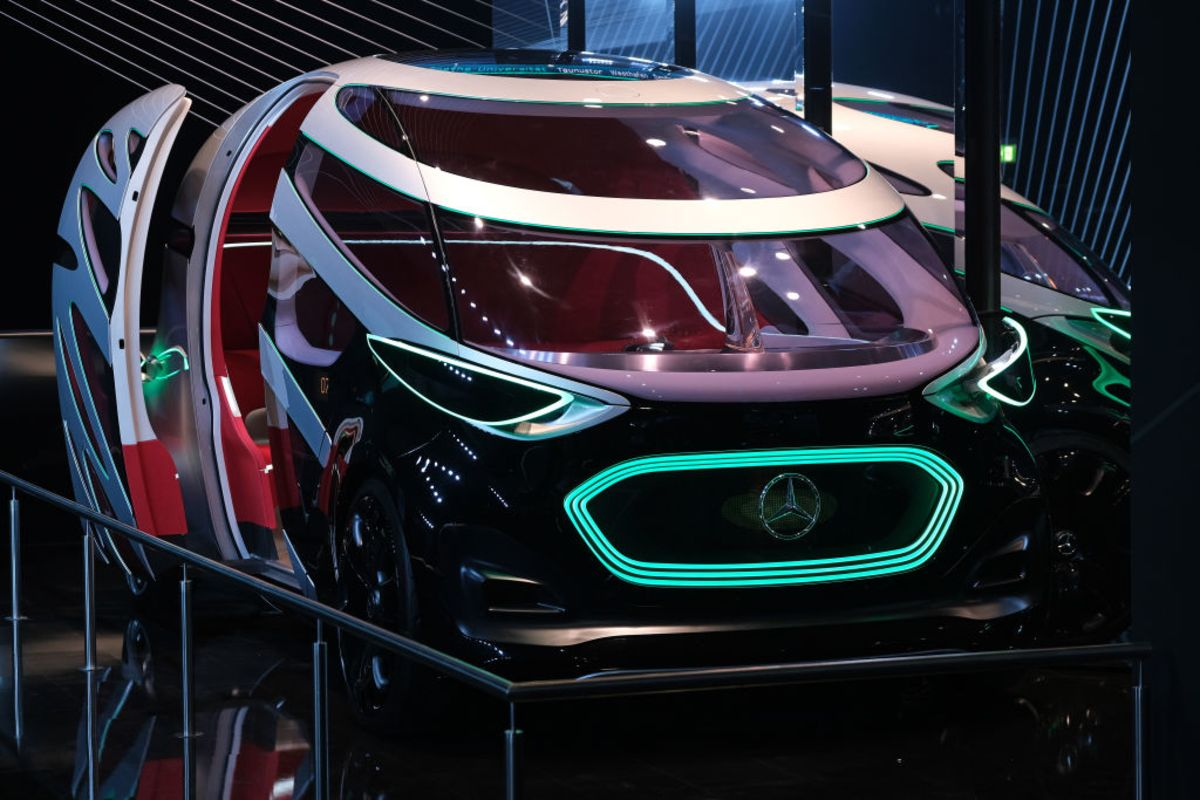 Autonomous Taxis Become a Rough Ride for Europe