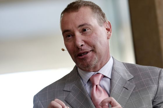 Jeffrey Gundlach Says Trump Is 'Crazy Like a Fox' to Blame Fed for Sell-Off