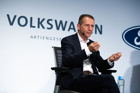 VW CEO Sees Biden Being More in Sync With Electric Car Strategy