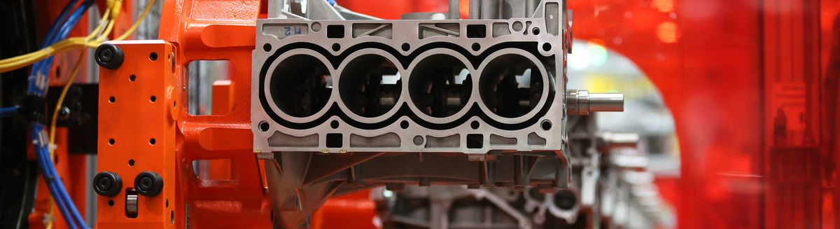 Aramco Targets Thriftier Engines to Defuse Electric-Car Threat