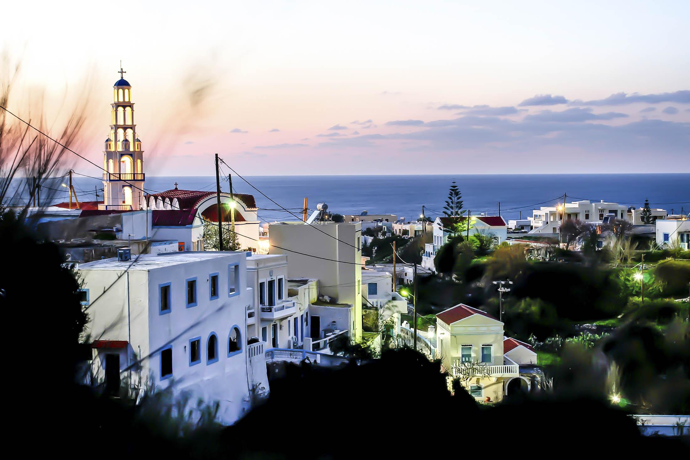 1468942532_greek-islands-bloomberg-samothrace-lede
