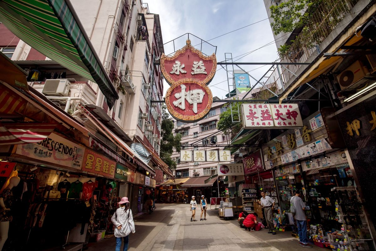 Hong Kong's Small Business Sentiment Sinks to Fresh Lows