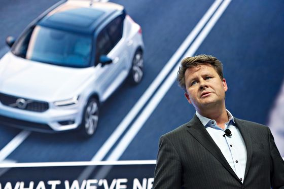 Bezos May Come After the Auto Industry, Volvo CEO Warns Dealers