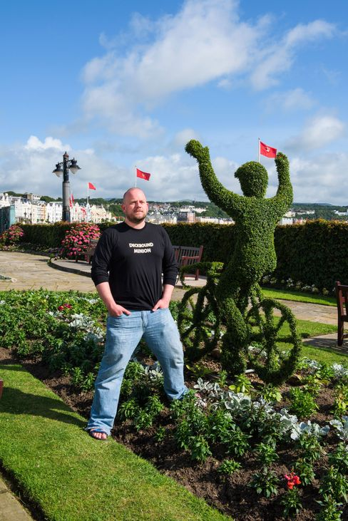 Gareth Jenkins moved to the island shortly after attending an industry conference there in September 2014.