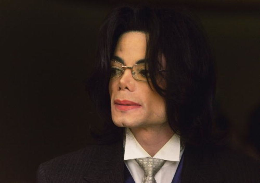 227ed9bd938 Michael Jackson s Art Can t Be Separated From Abuse Charges - Bloomberg