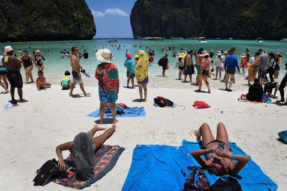 An Onslaught Of Tourists Is Stressing Out Thailand Bloomberg