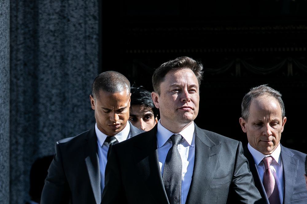 Musk, SEC Ask for More Time to Settle Fight Over Tweets