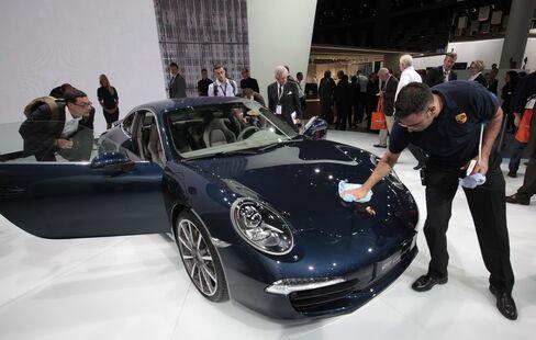 Porsche's New $97,000 911 Keeps Its Pedigree