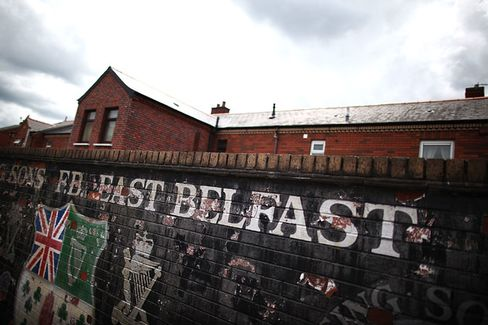 In Belfast, Northern Ireland, Peace but No Prosperity