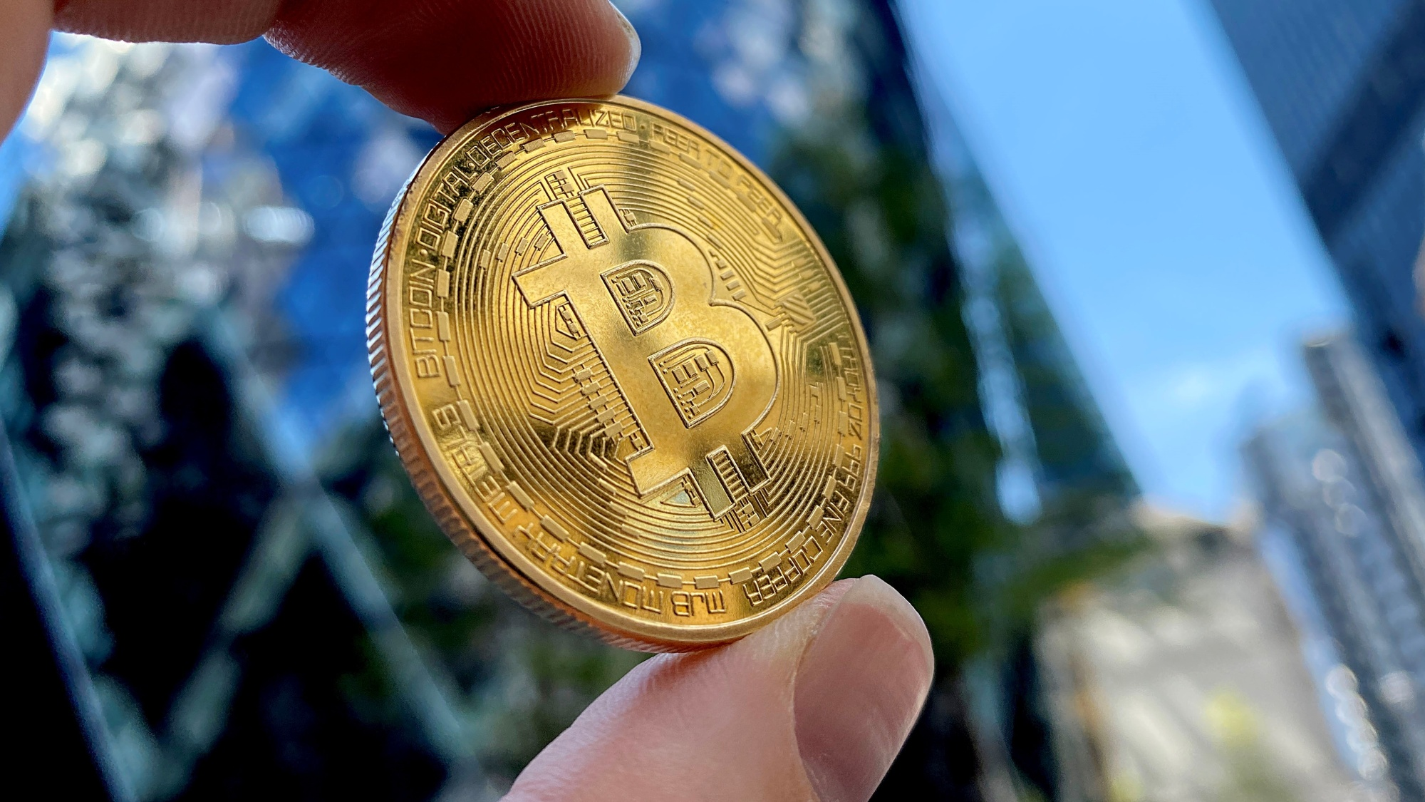 Bitcoin's Money-Printing Machine Breaks Down as Futures Collapse