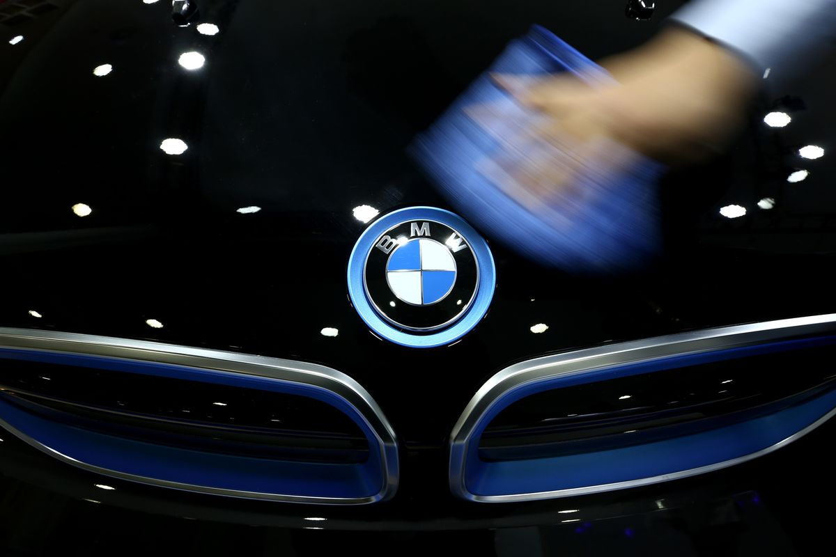 Bmw Bets On Self Driving Inext Halo In Luxury Sales Race