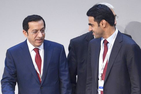 Qatar Said to Support Glencore Bid, Xstrata Bonuses in Deal Vote