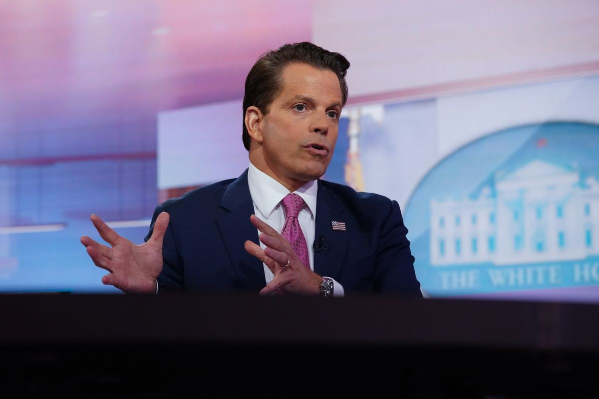 Scaramucci to Relive Trump Transition at Manafort Banker Trial