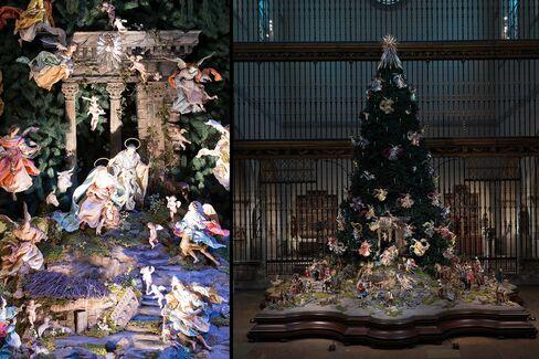 Annual Christmas Tree and Neapolitan Baroque Crèche