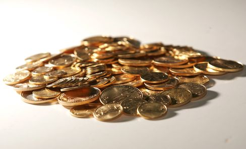 U.S Mint Sales of Gold Coins at 3-Year High as Prices Drop