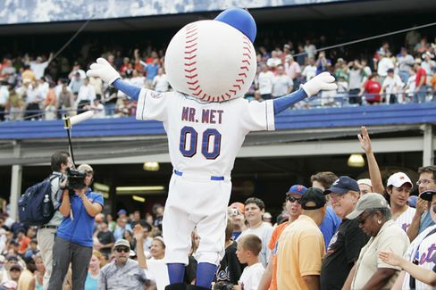 Steven Cohen Snaps Up Mets Share. What's His Game?