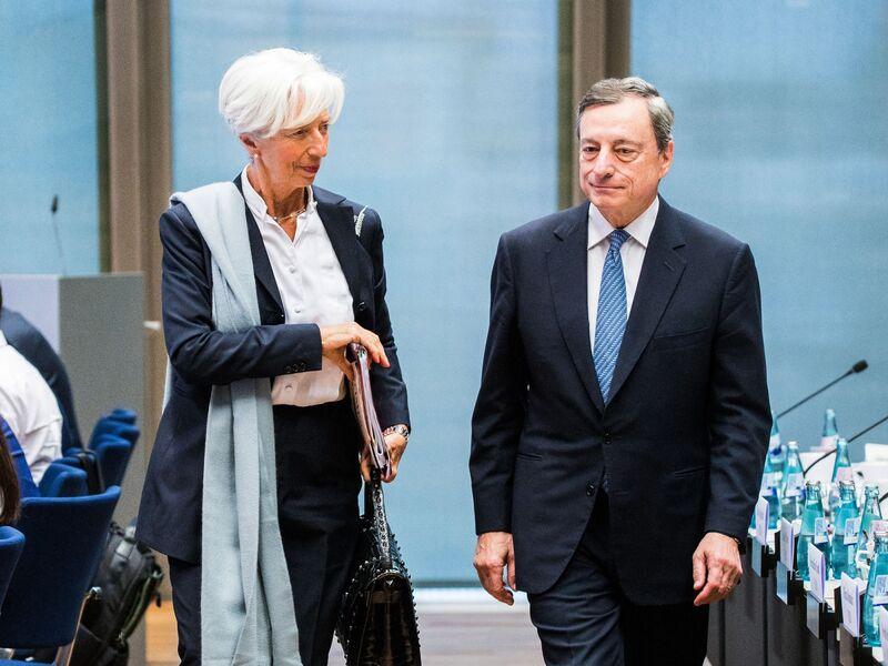Η ΕΚΤ μάς παρασύρει βαθύτερα στην τρέλα