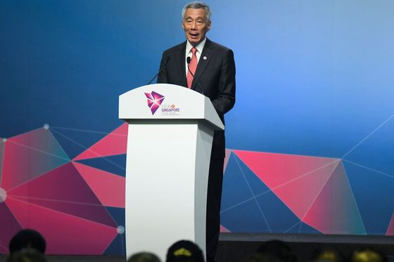 Singapore Warns the World May Split Into Rival Blocs