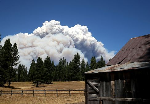 San Francisco Reservoir Pelted With Ash From Yosemite Wildfire