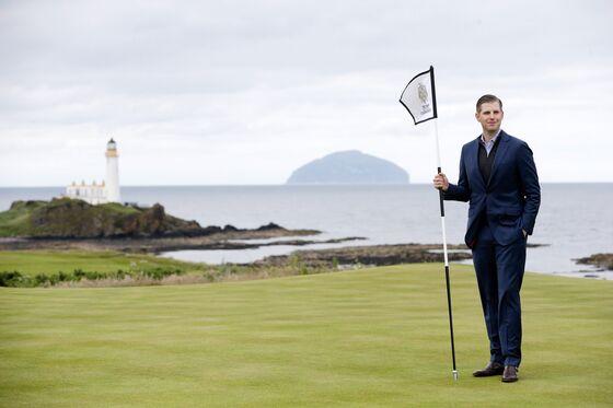 Trump Is Still Losing Millions at His Golf Resorts in Scotland