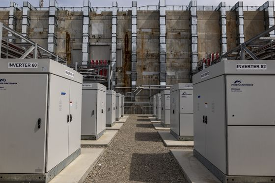 California Battery Boom Didn't Come Fast Enough to Beat the Heat