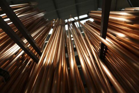 Glencore Leading in Metals Storage as Goldman, JPMorgan Cut