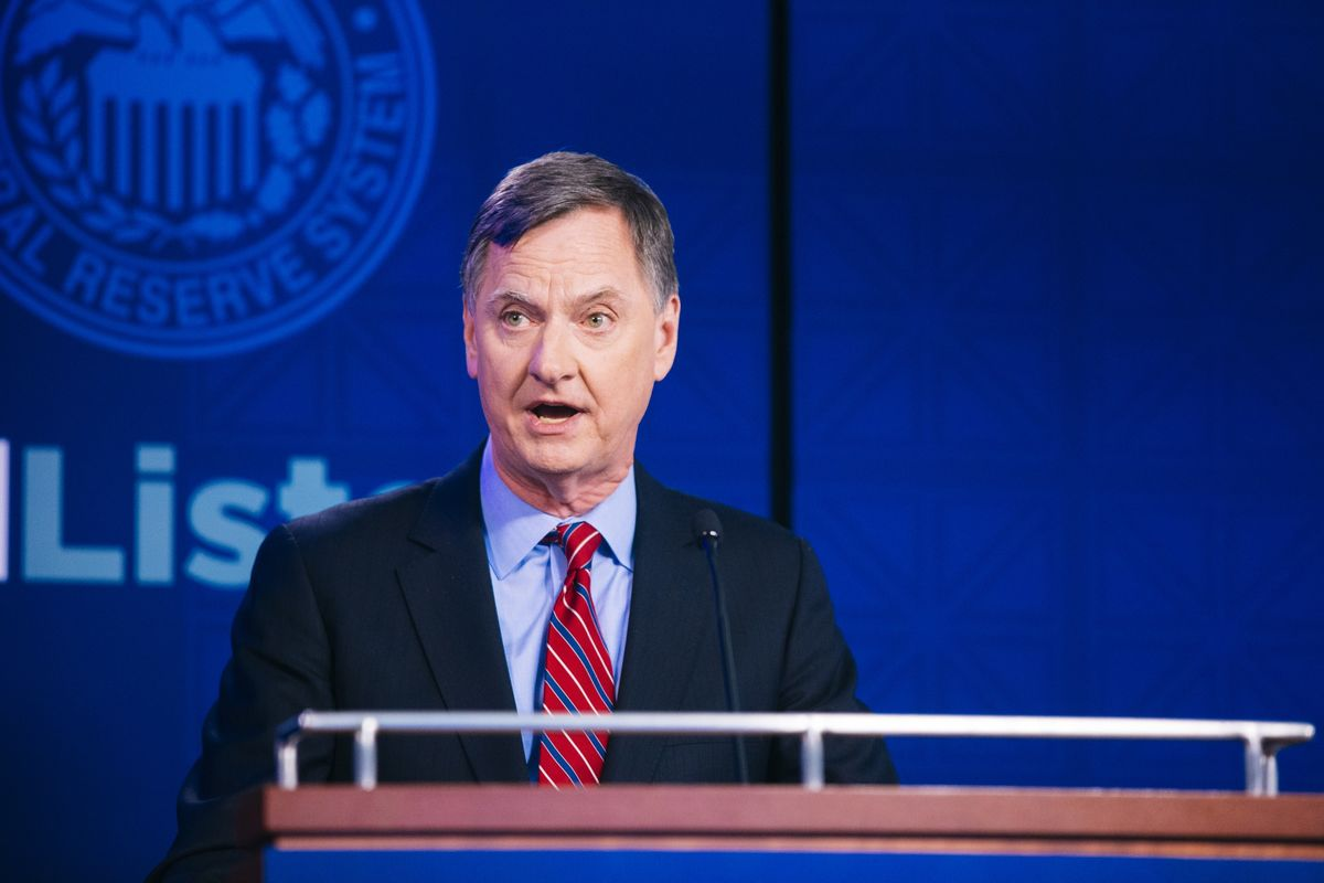 Charles Evans Says Fed May Want to Cut Interest Rates Again