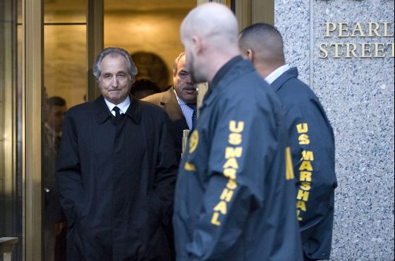 For Madoff Victims, 'Tragedy Goes On' After Scammer's Death