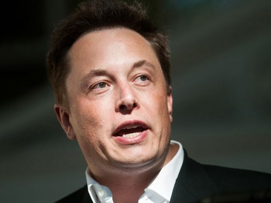 Trillion-Dollar Investors Don't Mind Billion-Dollar CEO Awards