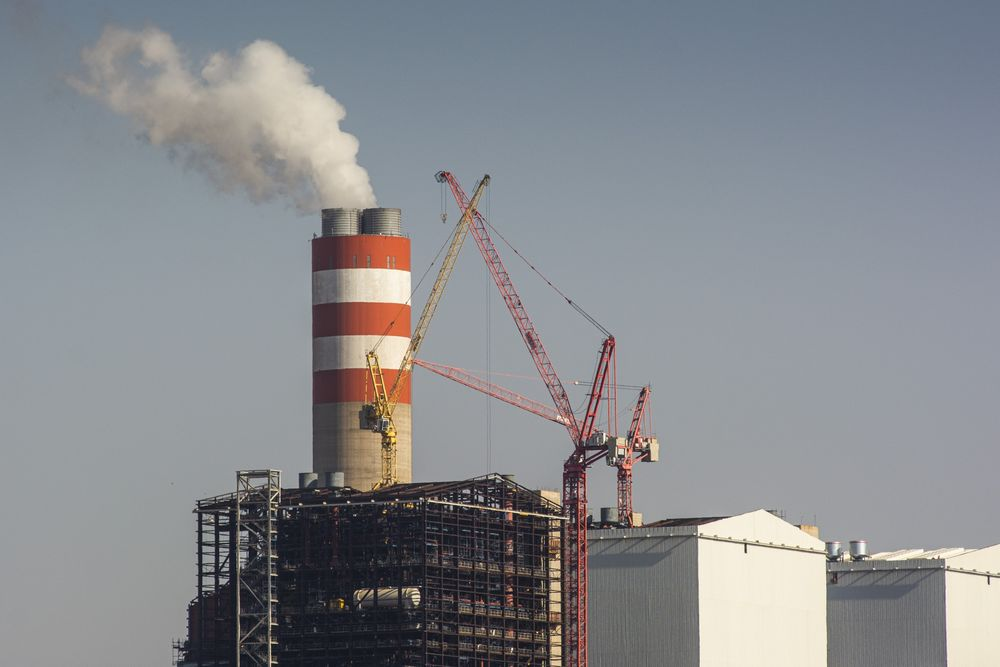 Eskom Says Carbon Tax Could Cost $813 Million a Year in 2023