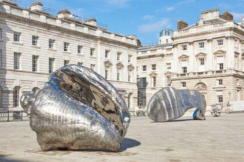Somerset House, Marc Quinn: Frozen Waves, Broken Sublimes