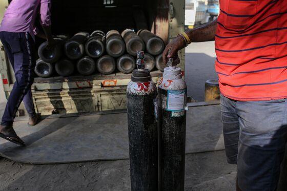 India Gas Maker Shares Jump Amid Shortage of Life-Saving Oxygen