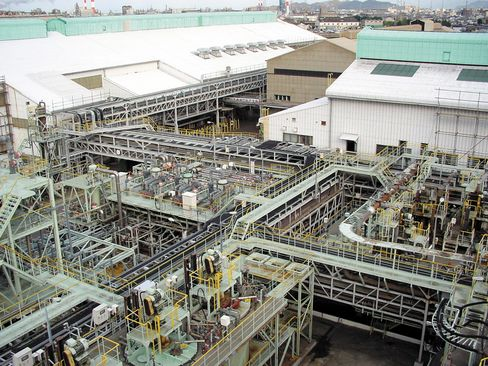 Sumitomo Metal Sees Record Japan Nickel Exports Adding to Glut