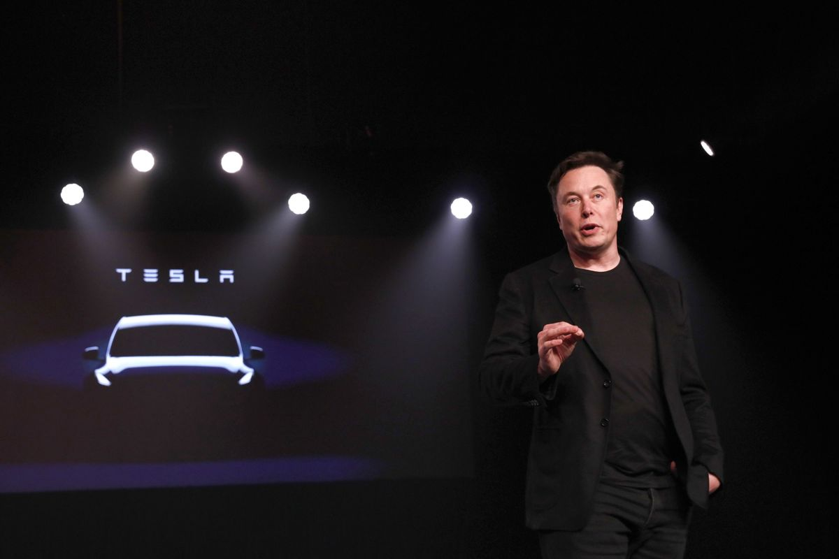 Tesla Loses More Executives in Midst of Musk's Deliveries Push
