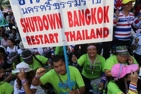 Thai Army Chief Calls for Calm as Security Bolstered in Bangkok