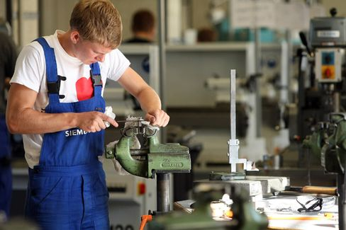 Siemens Seeks Apprentices From the Rest of Europe