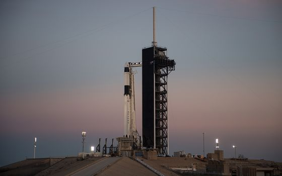 NASA Awards Elon Musk $69 Million to Fly SpaceX Rocket Into Asteroid
