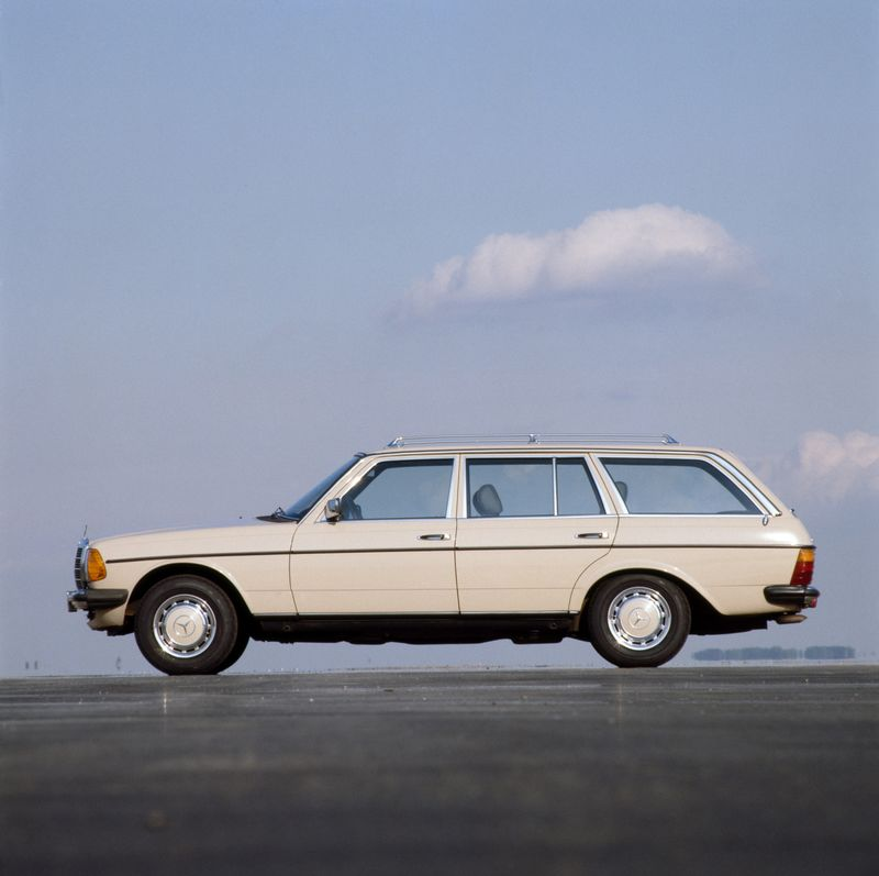 The Vintage Mercedes Station Wagon Is the Car That Will Never Die ...