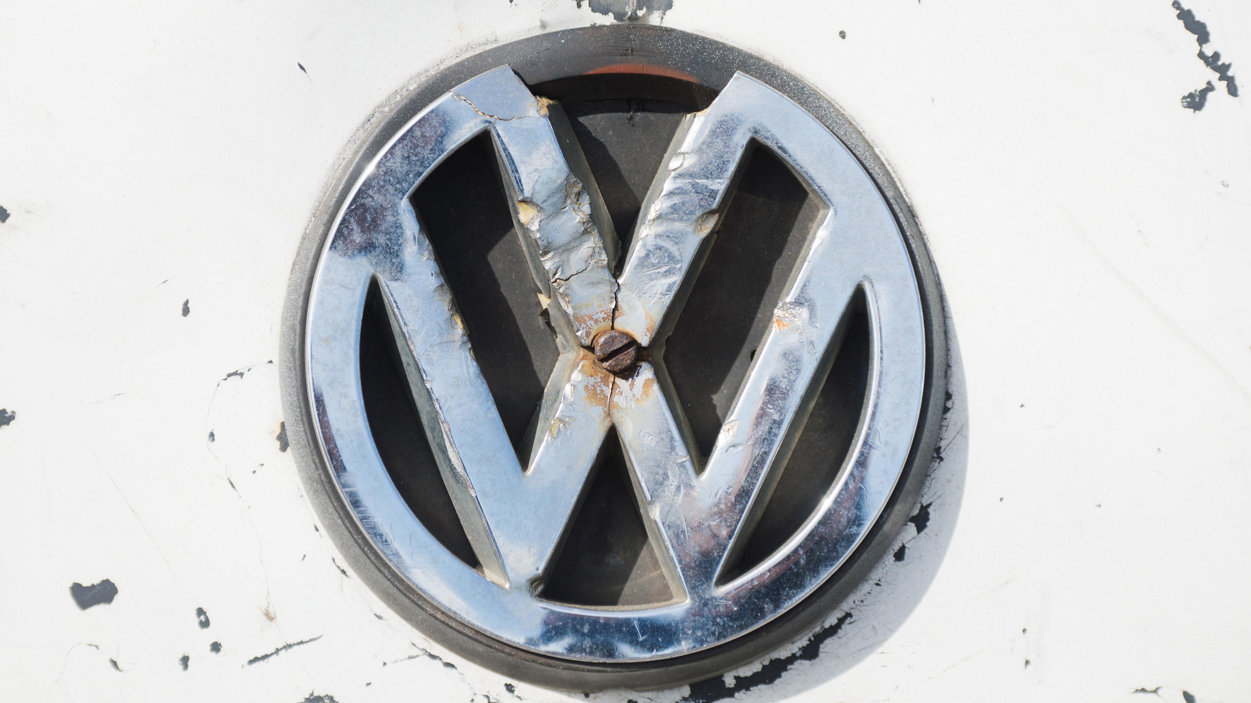 Volkswagen To Face 15 Billion Tab In Us Settlement Bloomberg